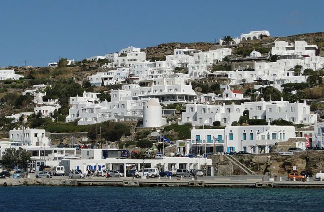 http://commons.wikimedia.org/wiki/File:View_of_Mykonos_03.jpg photo credit Bernard Gagnon